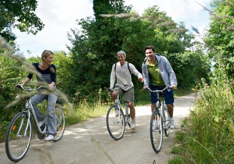 Balade à vélo en pleine nature depuis le camping Ty Nenez
